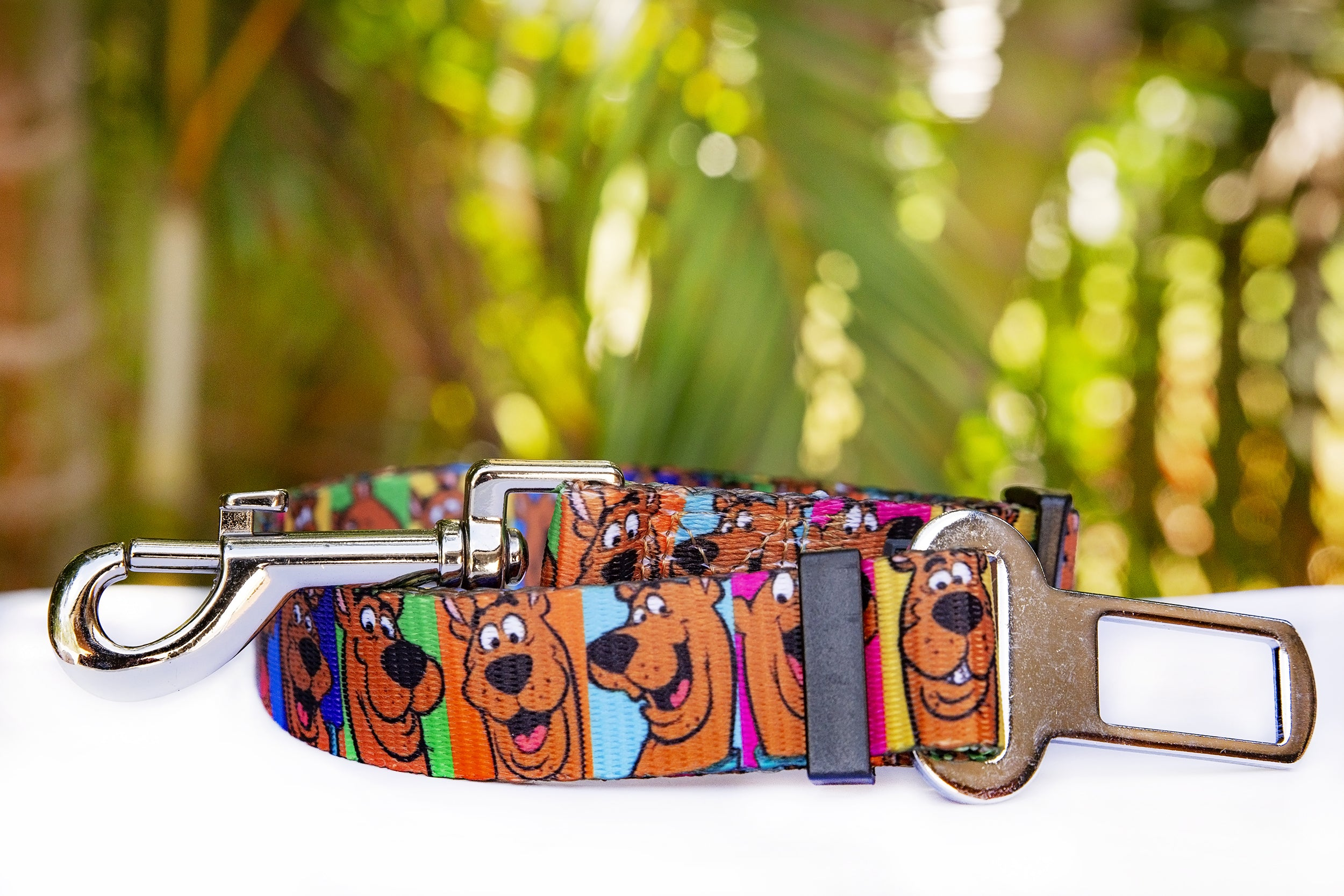 Dog Car Seatbelt / Dog Car Restraint Tether - Scooby Doo (Premade)-Dizzy Dog Collars