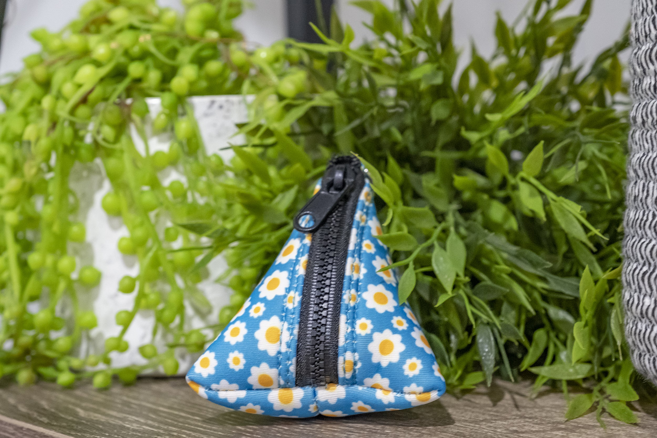 Retro Blue Daisy Pocket- For Poop Bags, Treat and/or Keys/Coins-Dizzy Dog Collars