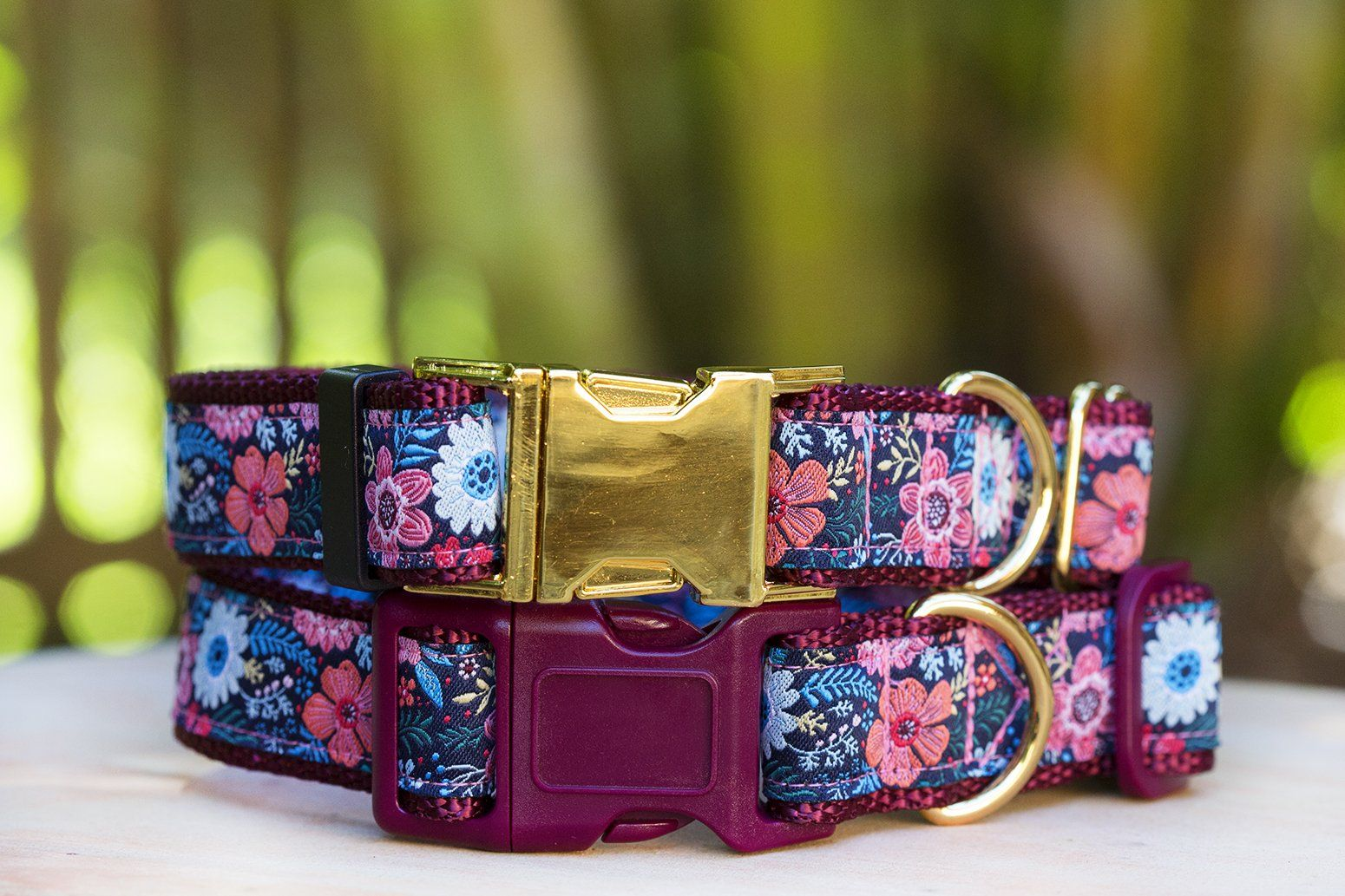 beautiful gold floral dog collar, featuring a burgundy trim