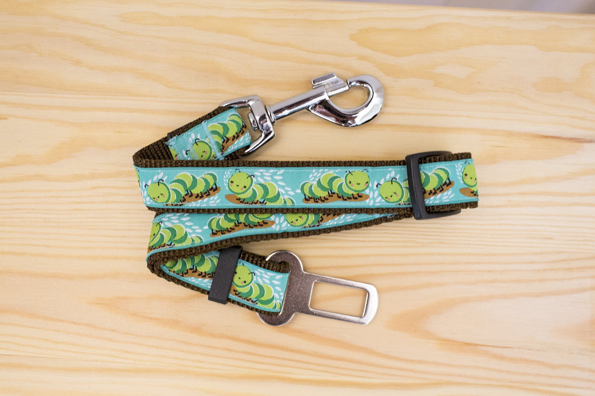 Dog Seatbelt - Grubs-Dizzy Dog Collars-Dizzy Dog Collars