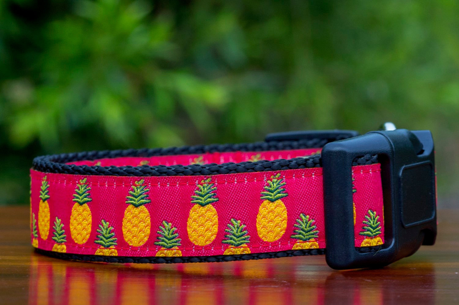 Pink Pineapples Dog Collar / XS-XL
