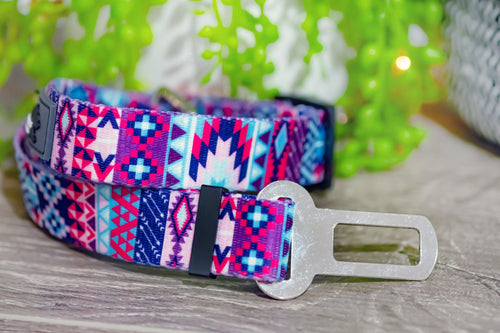 Dog Car Seatbelt / Dog Car Restraint Tether -  Nuevo Aztec (Premade)