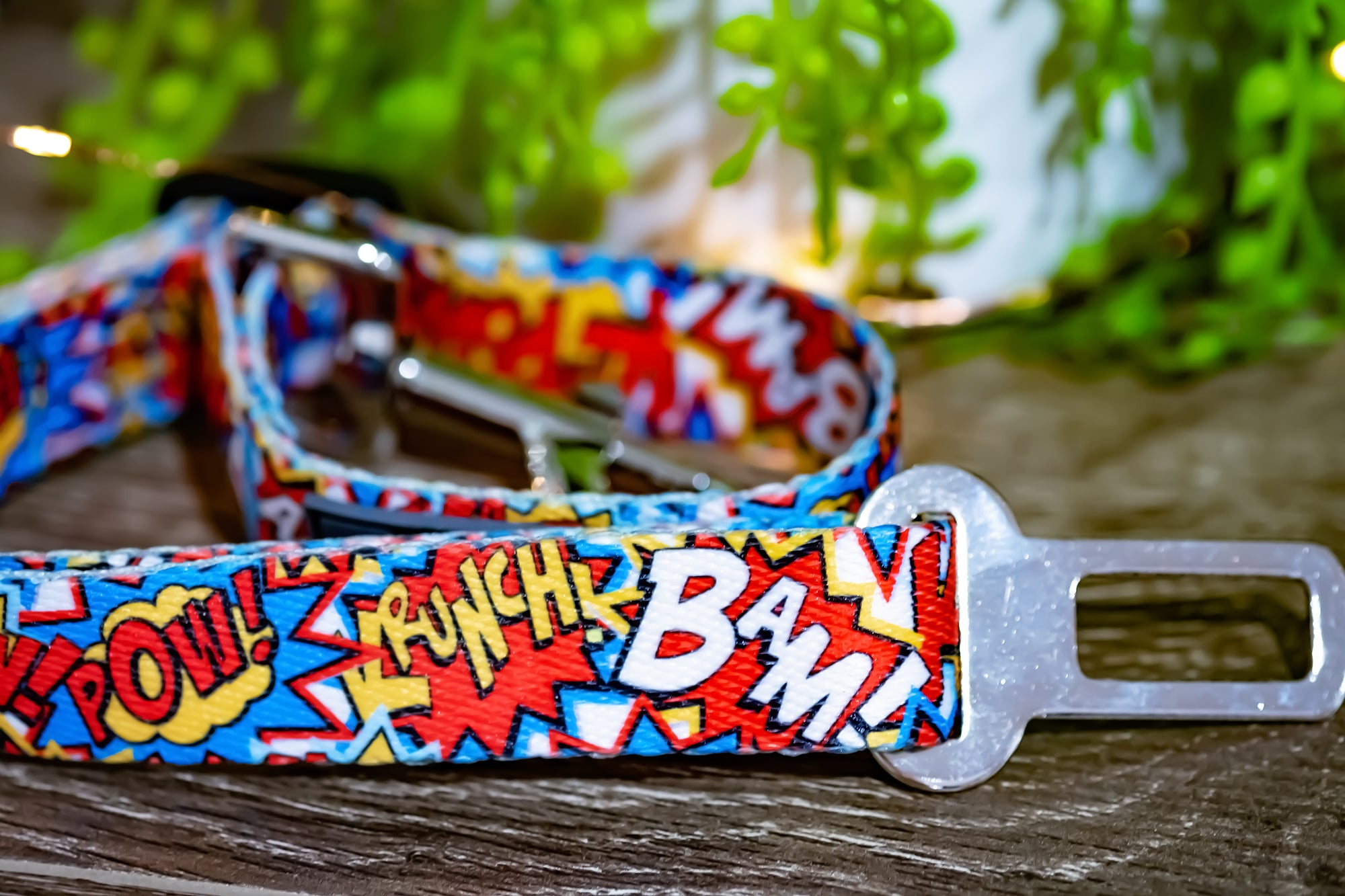 Dog Seatbelt - Pop Art-Dizzy Dog Collars-Dizzy Dog Collars