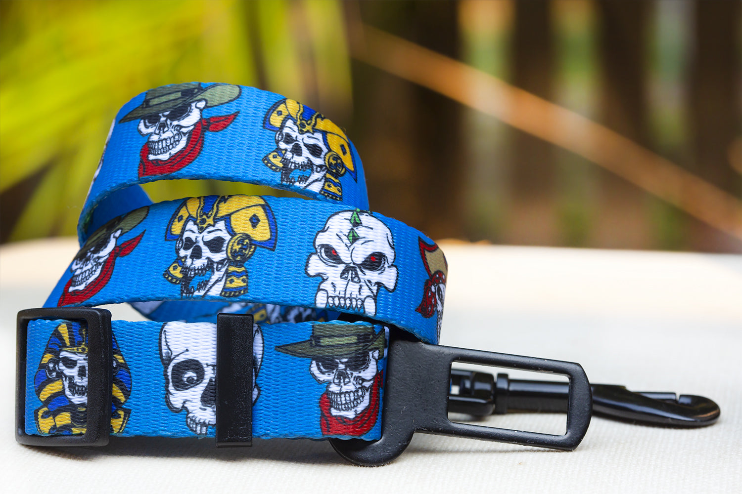 Dog Seatbelt / Car Restraint - Blue Skulls (Premade)-Dizzy Dog Collars