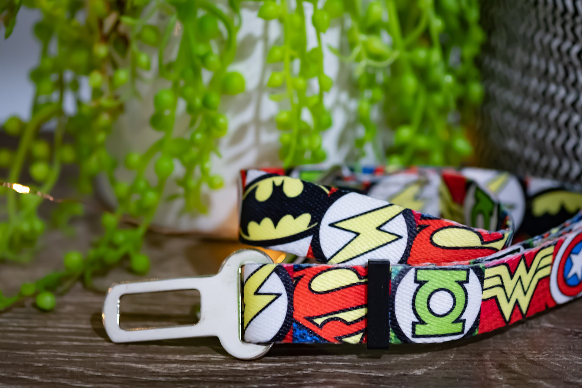 Dog Seatbelt - Superhero-Dizzy Dog Collars-Dizzy Dog Collars