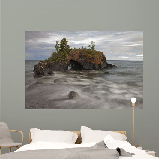 Water Coming Into Shore Around A Rock Formation On Lake Superior Wall Mural