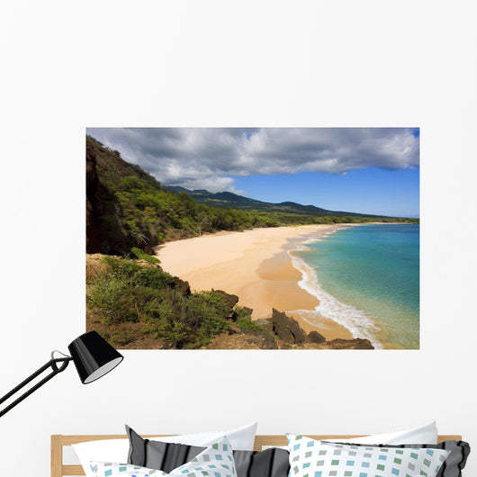 USA, Hawaii, Maui, Elevated view of Oneloa or Big Beach Wall Mural