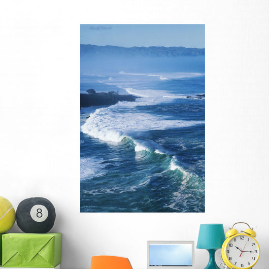 Hawaii, Oahu, North Shore, Waves At Waimea Bay Wall Mural