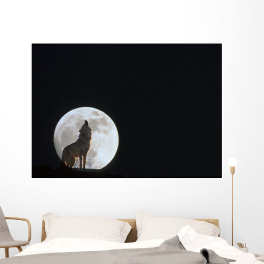 Wolf Howling At Full Moon/Ncaptive Composite Wall Mural