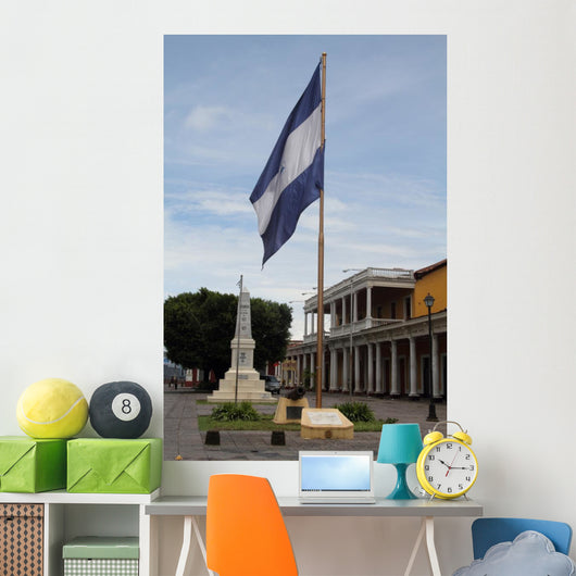 Granada Plaza Independence Ii Wall Decal