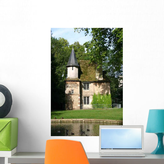 014 Chartres Park 2007-08-27 Wall Decal