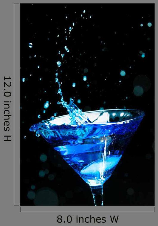 Blue Splashing Cocktail Black