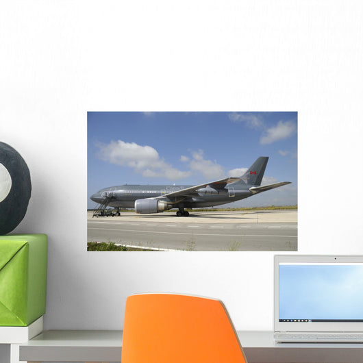 Airbus Cc-150 Polaris Tanker Grounded Wall Decal