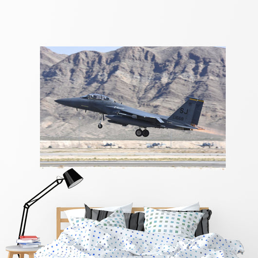 Us Air Force F-15e Taking Off Left Wall Decal