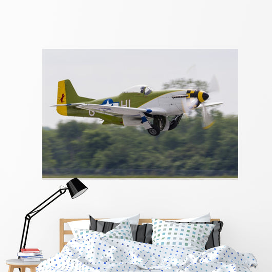 Green P-51 Mustang Takes off Right Side Wall Decal
