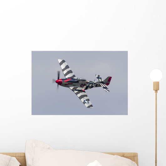 P-51 Mustang Flies Willow Banking Left Wall Decal