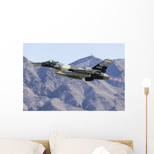 Aggressor F-16 Fighting Falcon In-Flight Wall Decal