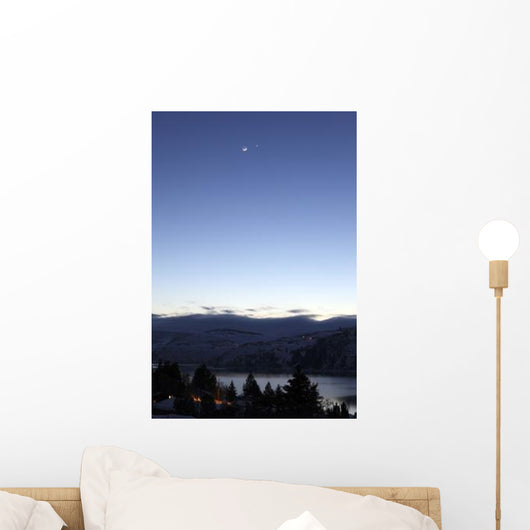 Moon and Venus Conjunction Wall Decal Design 4