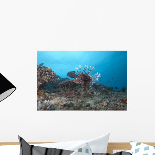 Large Common Lionfish Swimming Left Side Wall Decal