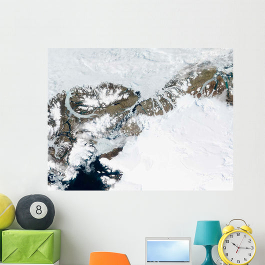 Summer Thaw around Ellesmere Wall Decal