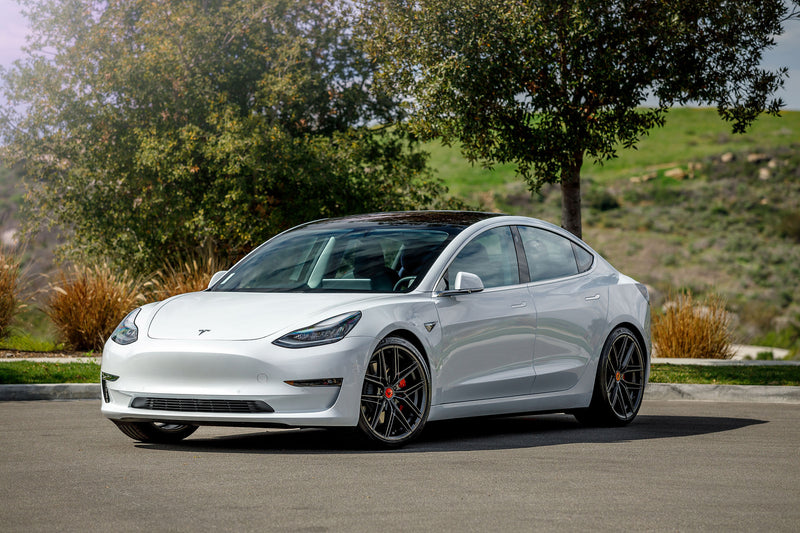 Vorsteiner V-FF 112 for Telsa Model 3