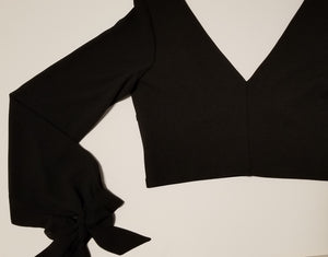 Cuff Bow Crop Top (FREEGIFT ITEM)