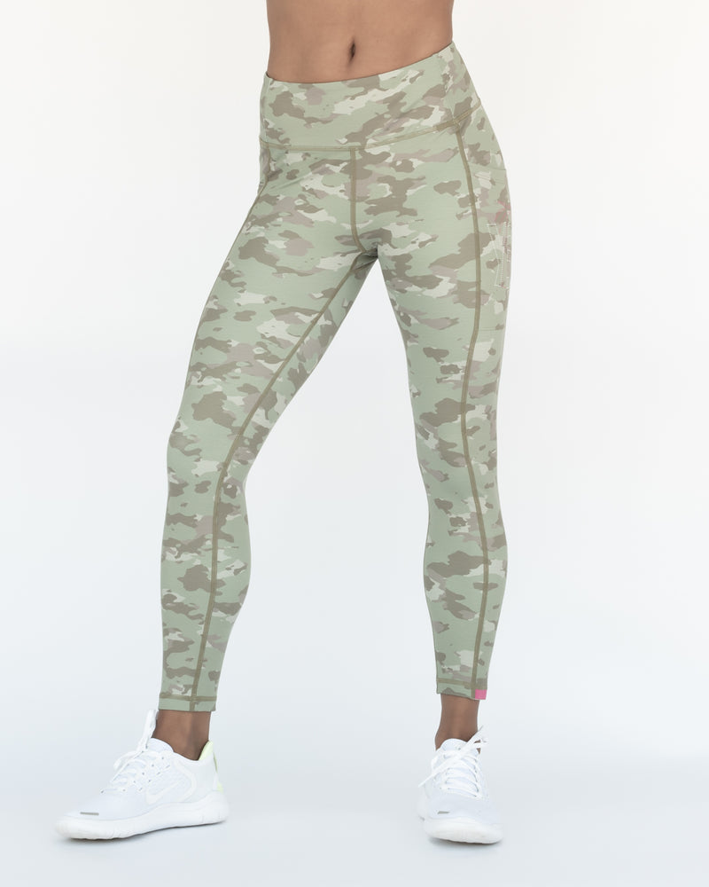 Camo Versatile Tights 7/8 Length