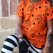 Load image into Gallery viewer, Jack-o-lantern Long or Short Sleeve Tee