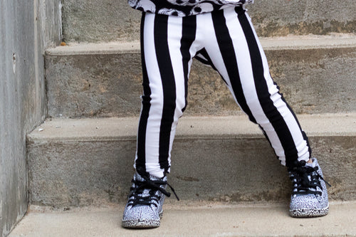 Vertical Black & White Stripe Leggings