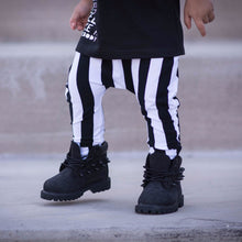 Load image into Gallery viewer, Black & White Vertical Stripe Harem Pants
