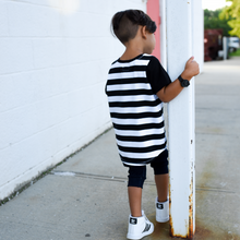 Load image into Gallery viewer, Black & White Stripe Tee