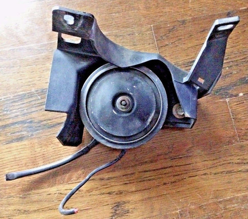 OEM BMW E21 E28 E30 High Tone Pitch Horn w/ Cover 84-91 318is 325es 535is 325ix
