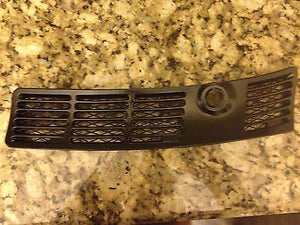 BMW E30 Wiper Vent Grilles 318is 325e 325ix 325i Wiper Grills (Left and Right)