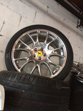Ferrari 20x10 Rear Challenge Rim with Cap and TPMS