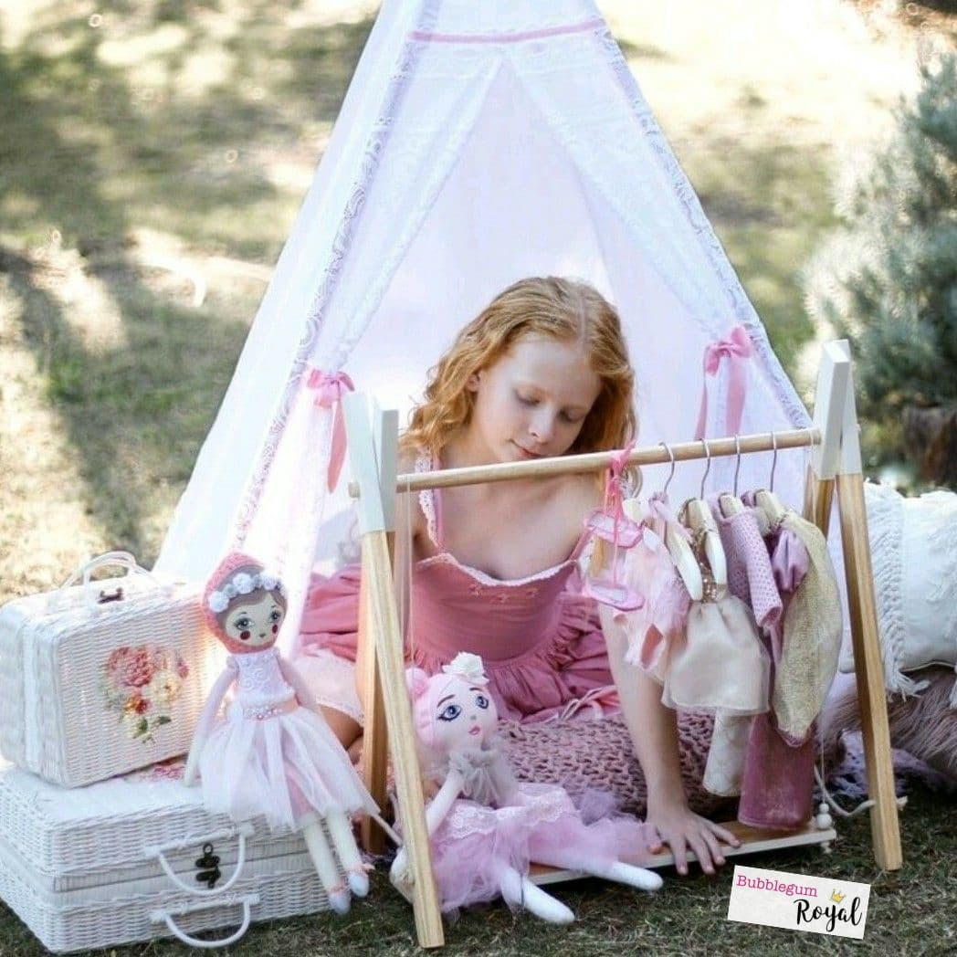 Limited Edition Doll's Mini Clothes Rack Set with Matching Coat Hangers