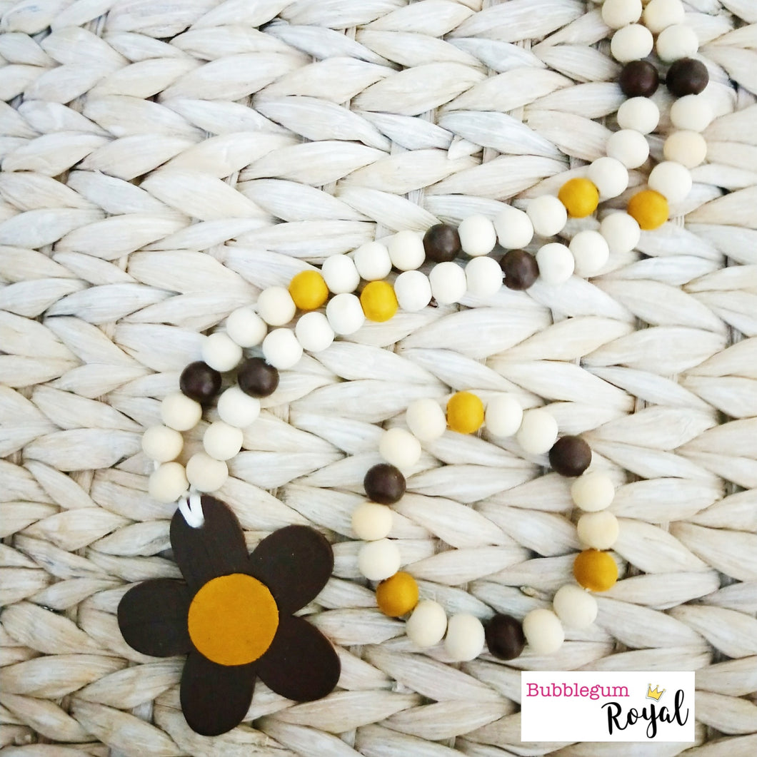 Burnt Umber Daisy Wooden Bead Necklace