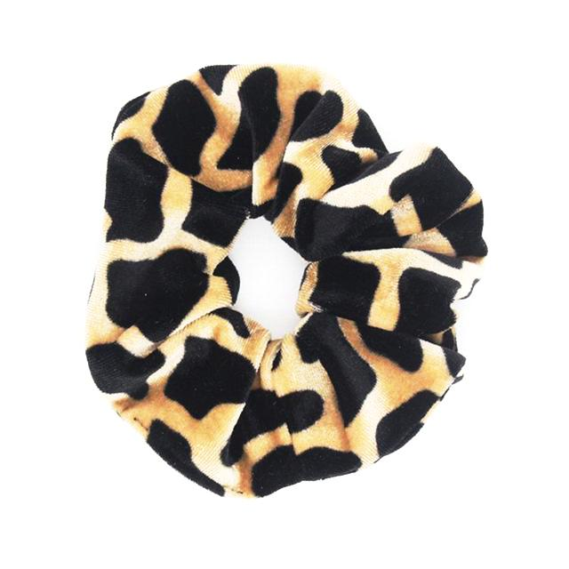 Find trendy new clothes and accessories for women at Duddi. Shop now! Silla Scrunchie, , Bidou, Bidou