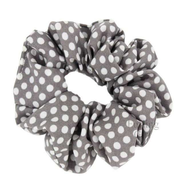 Find trendy new clothes and accessories for women at Duddi. Shop now! Leah Scrunchie, , Bidou, Bidou