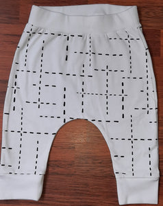 White with black dashes Cuffed Leggings