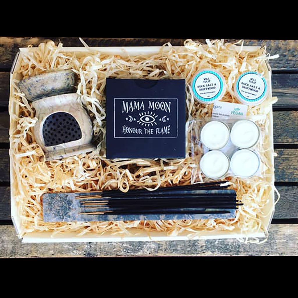 ****New. The Ultimate Vegan Candle Gift Hamper