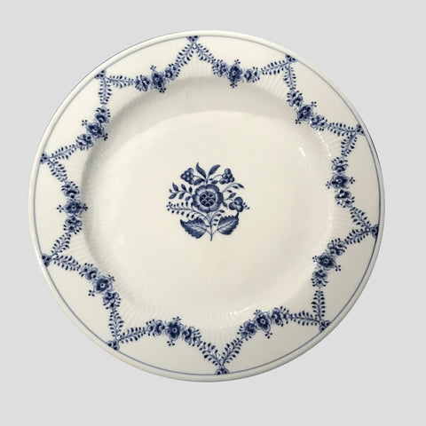 Star fluted serving dish