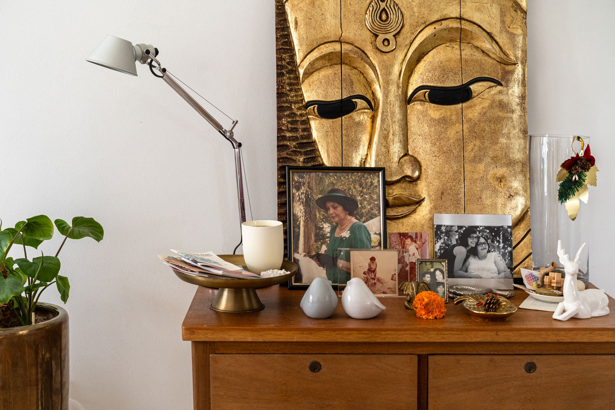 family alter table with buddha image