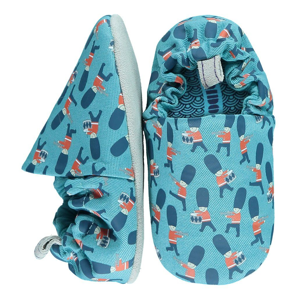 Queens guard mini shoes 18-22 Poco Nido
