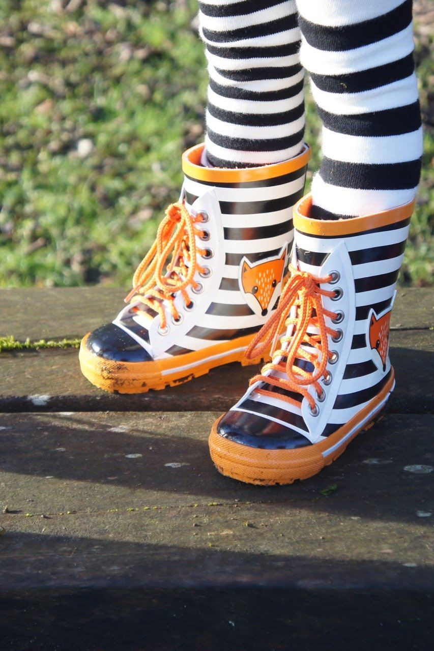 Fox lace up wellington boots