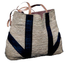 Load image into Gallery viewer, Raffia Tote