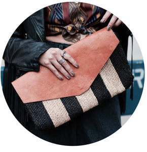 Striped VV Clutch