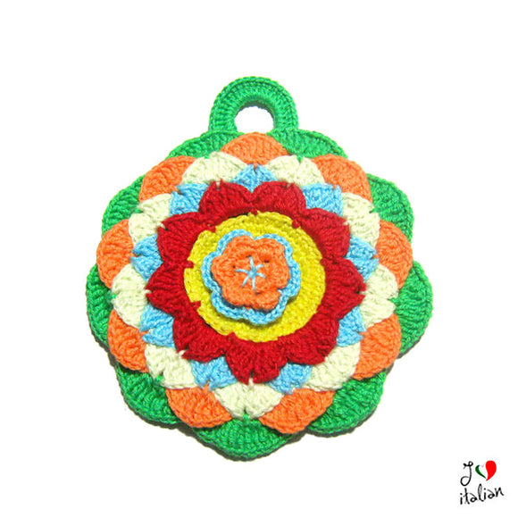 Round colorful crochet potholder