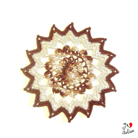 Small round Brown and Ecrù doily - Crochet