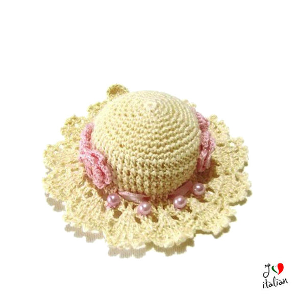 Ecrù and Pink crochet hat pincushion