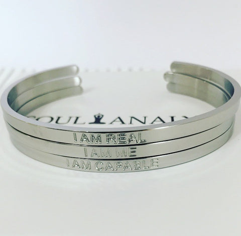 THE SELF-RELIANT BRACELET SET